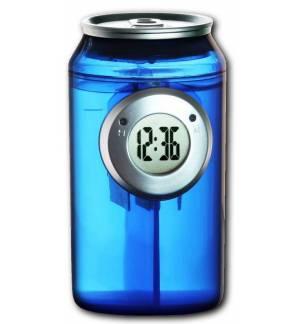 Ψηφιακό ρολόι σε σχήμα αναψυκτικού που λειτουργεί μόνο με νερό!